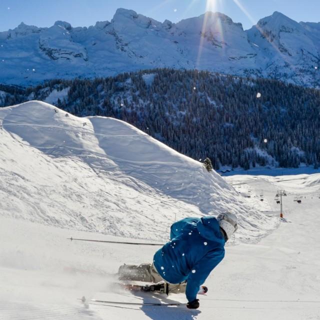 Warme skiaufbewahrung