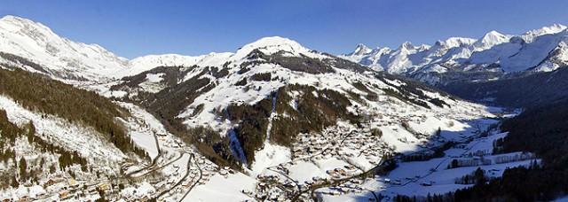 Vue aérienne 360° hiver
