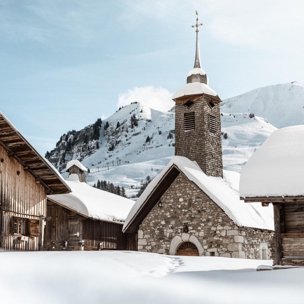Le vieux village du Chinaillon et sa chapelle - © C. Hudry