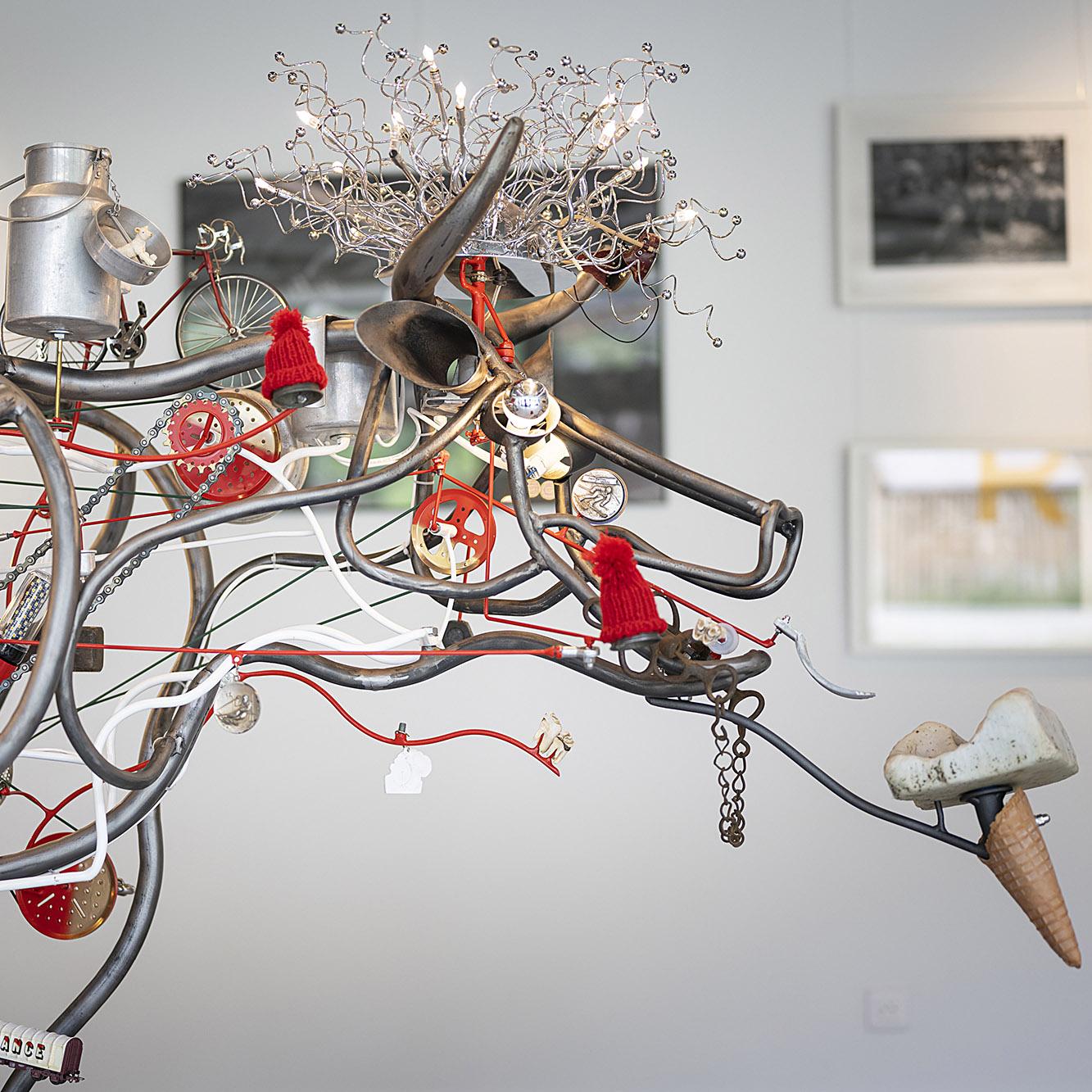 lasource-vachecinetique-exposition-art-activite-culture-legrandbornand - © T. Vattard