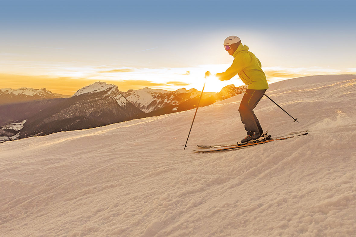 ski-coucher-de-soleil-2-alpcat-medias-202397-269905 - © Alpcat Médias - Le Grand-Bornand Tourisme